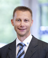 Jürgen Müller - Product manager abrasives